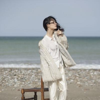 Pelliccia volpe bianca anni 80, Camicia Fausto Sarli anni 80, Pantaloni Pancaldi shantung di seta Mercurio Vintage